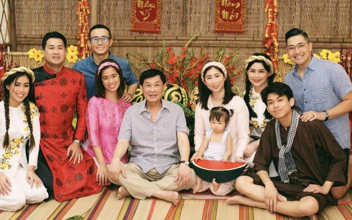 """Bí mật"""" gia đình Johnathan Hạnh Nguyễn vừa ủng 30 tỷ chống dịch Covid-19"""