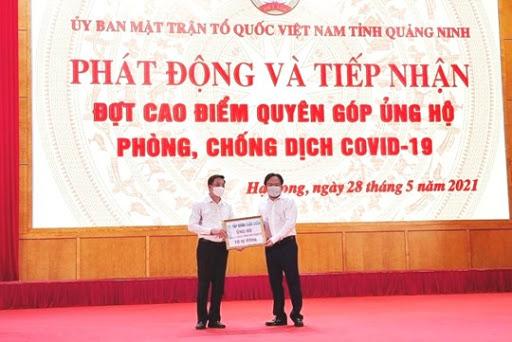 Doanh nhân Đào Hồng Tuyển ủng hộ 100 tỷ đồng cho Quỹ vaccine phòng Covid-19    Hoạt động mặt trận địa phương   Uỷ ban Trung ương Mặt trận Tổ quốc Việt  Nam