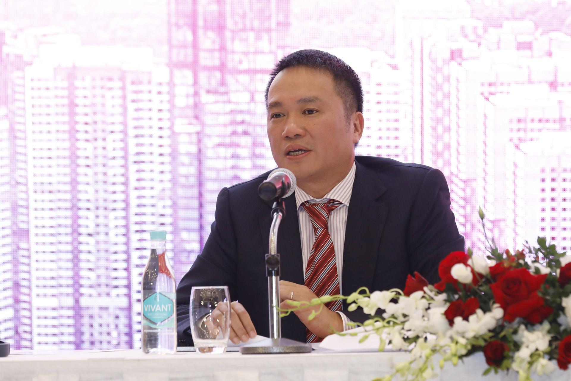 Con gái tỷ phú Hồ Hùng Anh mua hơn 22 triệu cổ phiếu Techcombank (TCB) -  CHỨNG KHOÁN BẤT ĐỘNG SẢN VIỆT NAM