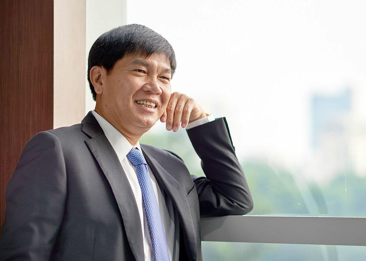 Ông Trần Đình Long - thành tỷ phú nhờ đặt cược vào thép - VnExpress Kinh  doanh